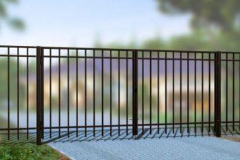 Забор из профильной трубы: достоинства, недостатки, сборка секций.